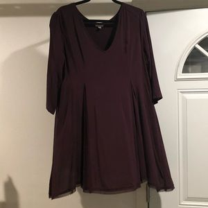 Burgundy V-cut dress